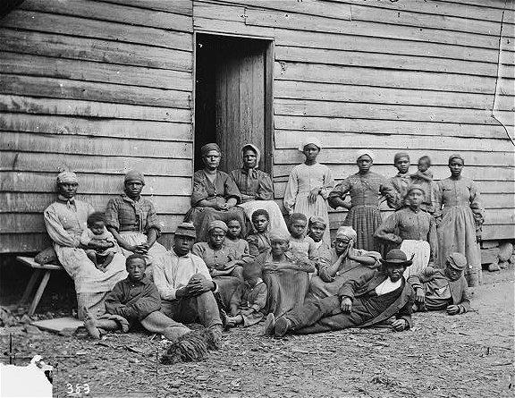 American Black Slaves